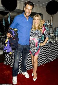Fergie and Josh Duhamel share first photos of their baby ...