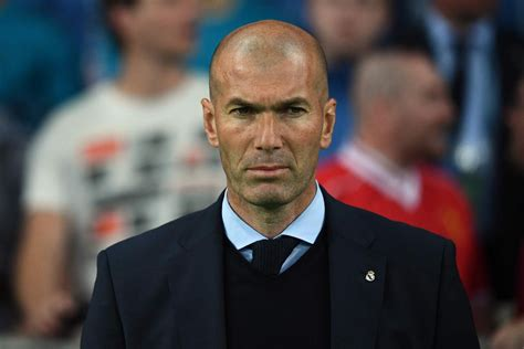 In italy's prestigious series a league in 1996. Until the 90: Zinedine Zidane departs Real Madrid, Who will replace him? Who will he manage next?
