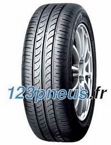 Pneu 165 70 R14 Renforcé : cat gorie pneu moto du guide et comparateur d 39 achat ~ Medecine-chirurgie-esthetiques.com Avis de Voitures