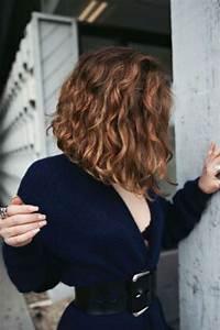 Carré Mi Long Plongeant : coiffure carr plongeant mi long et boucl carr ~ Dallasstarsshop.com Idées de Décoration