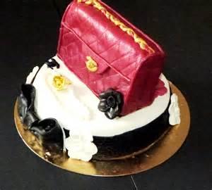ganache pate d amande gateau anniversaire delphine sac de luxe couverture pate d amande biscuit vanille