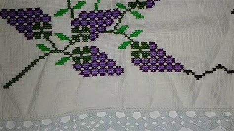 servilleta bordada a mano ramo de uvas