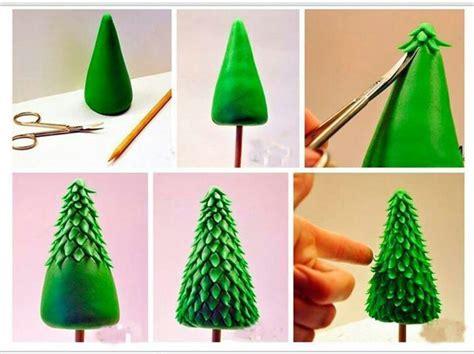 fondant christmas tree skiing cake pinterest