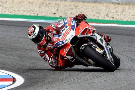 Ducati MotoGP 2017 Aero Wallpaper