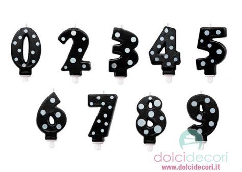 Candele Di Compleanno Particolari by Candeline Numero A Pois Nero Per Torte Compleanno