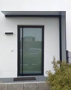 Glasvordach Mit Seitenteil : vordach und windschutz aus glas gekonnt kombiniert das duravento hauseingang in 2019 ~ Buech-reservation.com Haus und Dekorationen