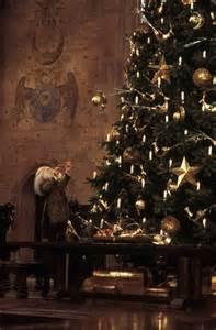 christmas at hogwarts filius fliwick harry potter wizarding world pinterest hogwarts