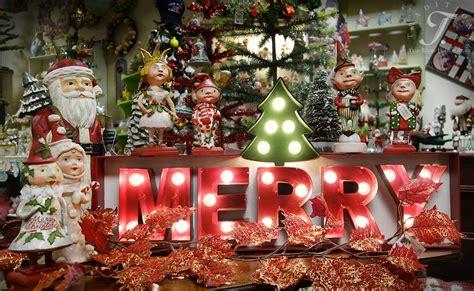 vintage christmas tabletop decor