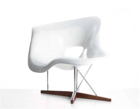 chaise charles et eames eames la chaise hivemodern com
