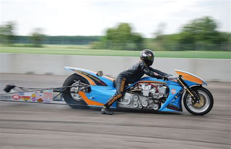 gulf racing motorcycle motorcycle fastest car on earth fastest bike on earth