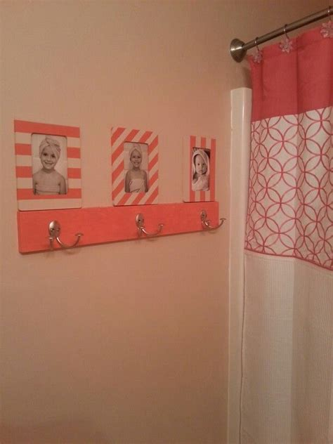 coral bathroom the 25 best coral bathroom ideas on pinterest coral bathroom decor girl bathroom ideas and