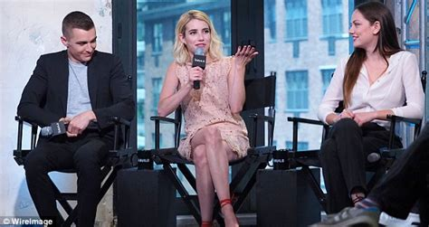 Emma Roberts flashes toothy grin at AOL event to promote ...