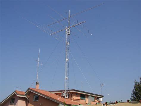 tralicci per antenne leggi argomento traliccio per radioamatori