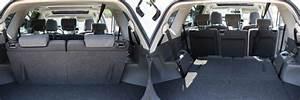 Toyota 7 Places Hybride : essai toyota prius plus l hybride xxl ~ Medecine-chirurgie-esthetiques.com Avis de Voitures