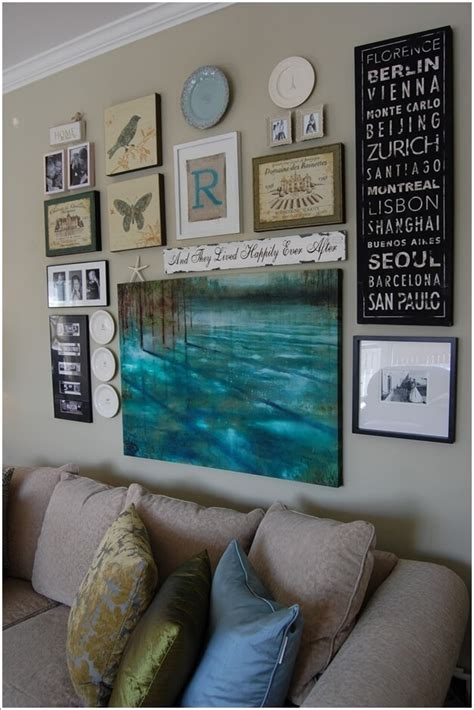 ways    wall grouping eye catching