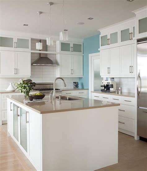 modern kitchens cabinets 28 best caesarstone 4230 shitake images on 4230