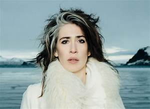 How, Pioneers, Linda, Perry, And, Imogen, Heap, Are, Trying, To, Foster, Community, And, Artistry, In, The