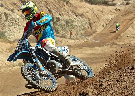 motocross racing in california get dirty dirt bikes beta parts and accessories new and
