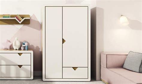 armoire de chambre design chambre design enfant chambre asoral bureau et casiers