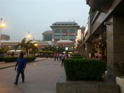 outside place dlf place saket from outside picture of dlf place saket new delhi tripadvisor