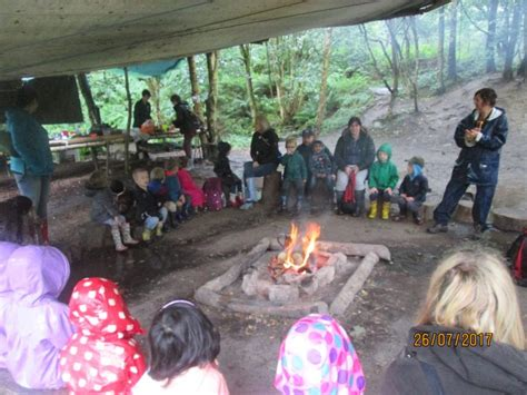 eyfs forest school trip nest woods thorn grove primary school