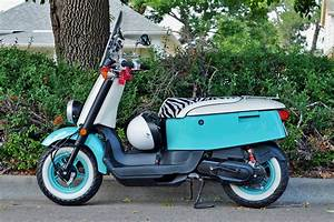Free Images Yamaha C3 Vox Xf50 Yamaha C3 Vox Xf50 Retro Scooter