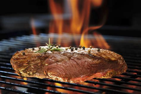 grilling steak 20 steak grilling tips for beginners and experiences grillers