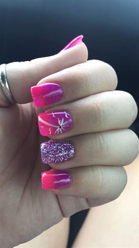beach nails pink purple ombre palm trees nails