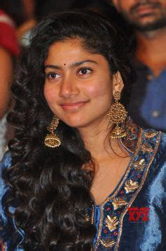 sai pallavi hd latest images stills wallpapers image