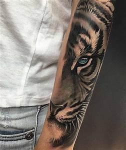 Männer Tattoo Unterarm : unterarm tattoo ~ Frokenaadalensverden.com Haus und Dekorationen