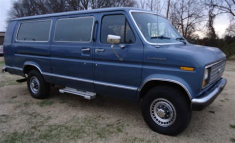 Ford E350 by 1988 Ford E 350 Club Wagon Xlt One Ton 15 Passenger