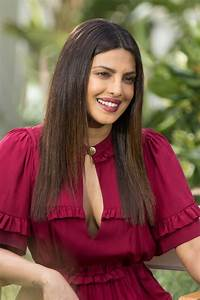 "Priyanka Chopra - Promotes ""Baywatch"" Movie in Miami Beach ..."