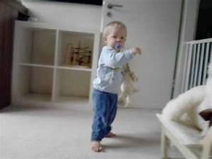 Erste Schritte Baby : babys erste schritte kevin leon 13 monate die ersten schritte youtube ~ Orissabook.com Haus und Dekorationen