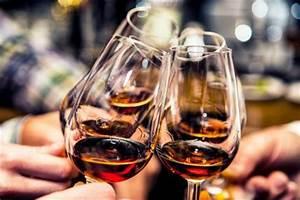Wie Trinkt Man Pastis : aperitifs die vielfalt der gen sse von pastis bis champagner living at home ~ Yasmunasinghe.com Haus und Dekorationen
