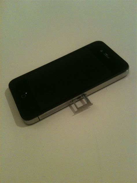 how to open the sim card slot on iphone 5 solved how do i open my iphone to insert sim card fixya