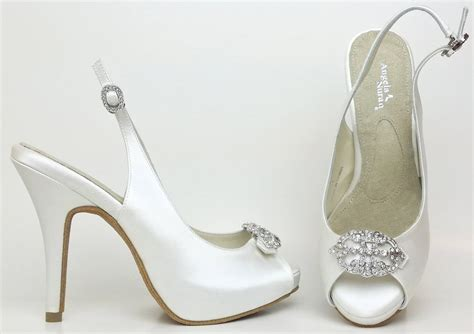 comfortable bridal shoes most comfortable wedding shoes selection tips and