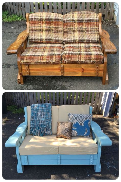 wooden couch makeover    neighbors curb