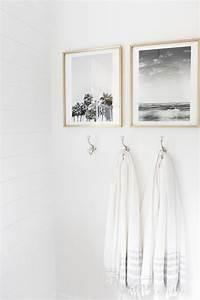 Bathroom wall decor tips and ideas gosiadesigncom for Wall plaques for bathroom