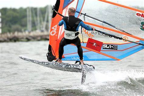 Competitive Environment Of Formula Solo Formula Windsurfing Youth And Doctor Champions Crowned In