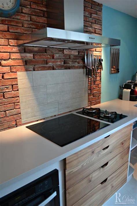 briques cuisine crédence de cuisine en briques rouges kitchens