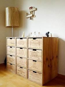 Cd Regal Aus Weinkisten : hat schon was so ein regal aus alten weinkisten via www ~ Michelbontemps.com Haus und Dekorationen