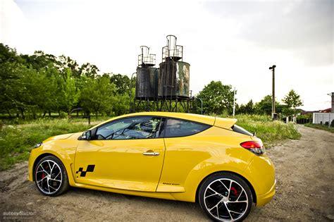 renault megane sport 2011 renault megane rs 250 cup review autoevolution