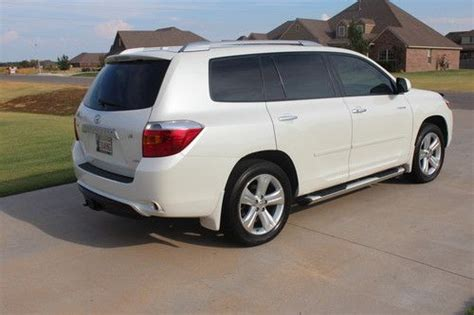 Awd Cars 5k by Sell Used 2009 Toyota Highlander Limited Sport Utility 4