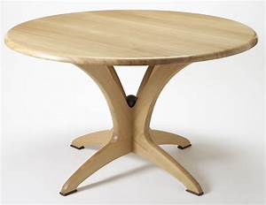 Bespoke round Dining Table in solid oak Makers' Eye