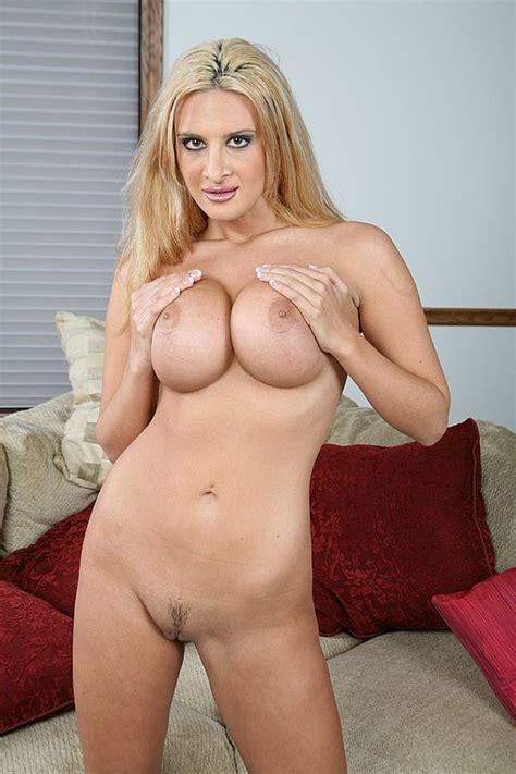 Boobie Bangers Ava Ramone Nude