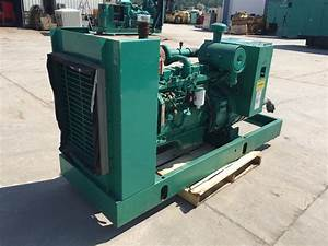 U201380 Kw Cummins  Onan Generator  12 Lead Reconnectable  480 Volts  Skid Mounted