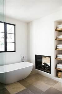 Modele De Salle De Bain Moderne : mod le de salle de bain avec chemin e en 25 images ~ Dailycaller-alerts.com Idées de Décoration