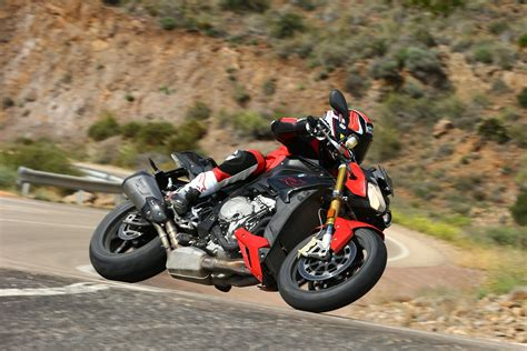 Bmw S1000r Backgrounds by Ride 2017 Bmw S1000r Sport Review Visordown
