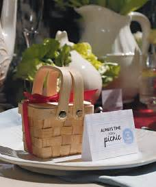 favors for wedding summer wedding favors mini picnic baskets
