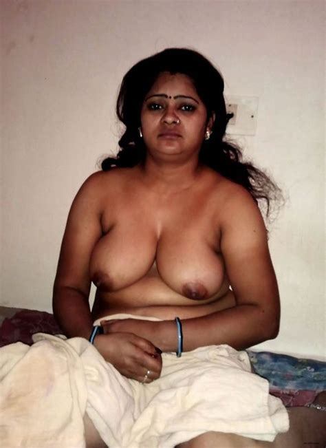 Sexy Full Nude Desi Indian Women Amateur Images